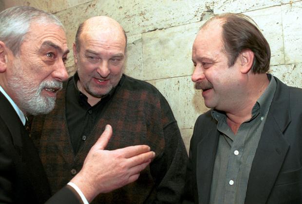 Вахтанг Кикабидзе, Алексей Петренко и Владимир Ильин на премьере фильма Георгия Данелия «Фортуна»
