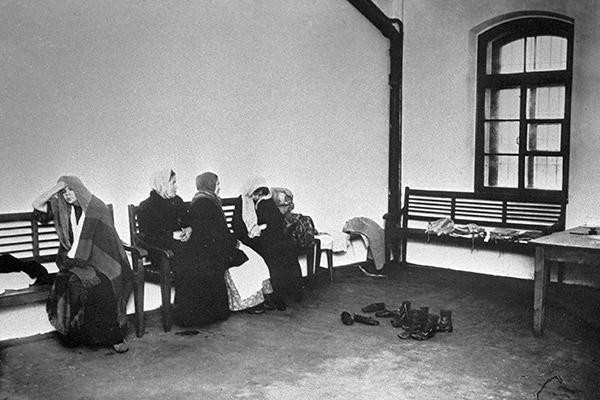Осужденные в женской Арсенальной тюрьме, Санкт-Петербург, 1912 год