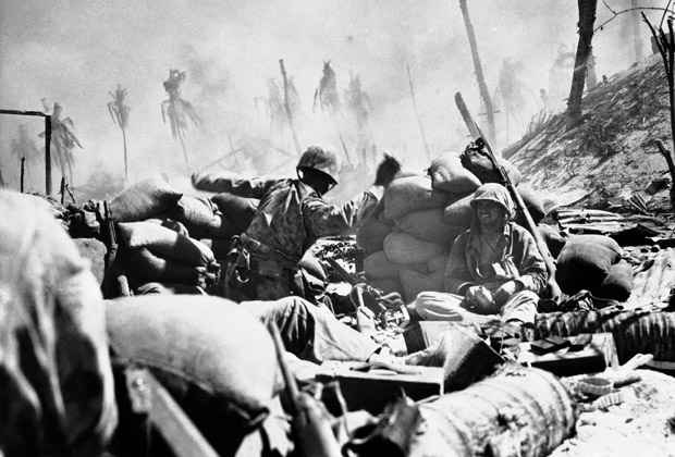 Бой между американцами и японцами на атолле Тарава. 2 декабря 1943 года