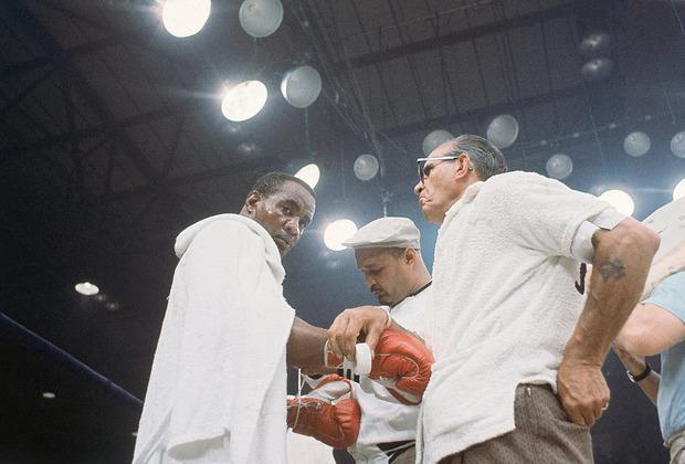 25 февраля 1964 года. Санни Листон перед боем с Кассиусом Клеем