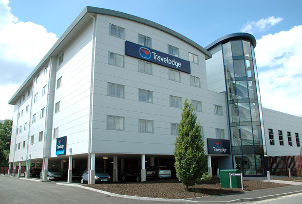 Отель Travelodge в Гилфорде