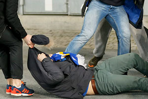 Supporters of Kiev come to blows during the UEFA Europa League, round of 32, second leg, soccer match between Dynamo Kyiv and EA Guingamp at the Olimpiyskyi stadium in Kiev, Ukraine, 26 February 2015.