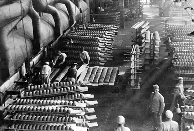 Немецкая пекарня, 1942 год
