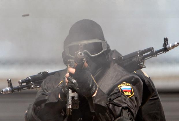 Профессиональные кадры полицейского спецназа увольнять не будут
