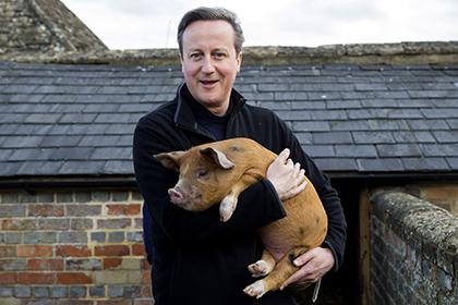 Британский премьер оказался вцентре грандиозного скандала