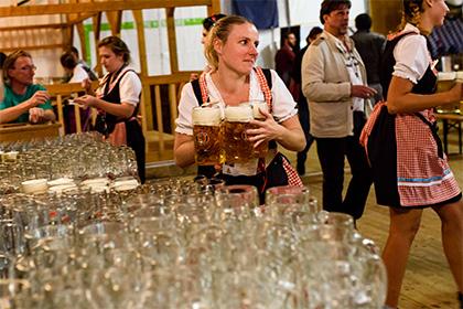Сексологи узнали о пользе пива для интимной жизни мужчин
