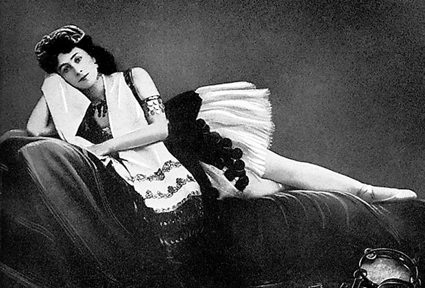 Кшесинская в сценическом костюме