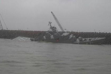 крупнейший военный корабль ирана переломился части