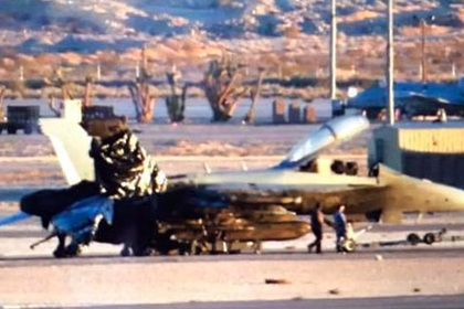 поджаренный зад американского истребителя сняли фото