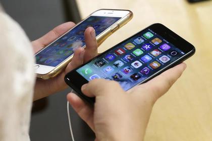 Apple решила бесплатно чинить iPhone7