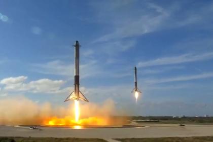 Центральный ускоритель Falcon Heavy разбился при посадке