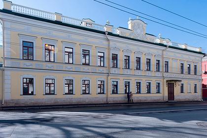В столице России 20 исторических зданий сдали варенду взамен нареставрацию