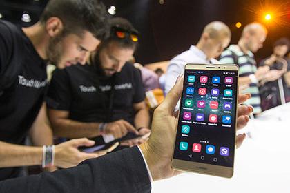 Американские спецслужбы запретили пользоваться китайскими смартфонами