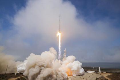 Обтекатель ракеты SpaceX на большой скорости ударился о воду