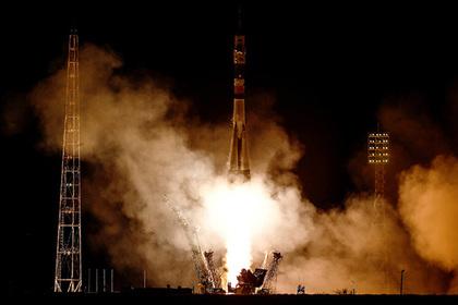 Вместо российских космонавтов на МКС полетят грузовой контейнер и араб