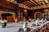 Замок перешел в собственность короля Генриха VIII. В августе 1535-го он со своей второй женой Анной Болейн провел здесь около 10дней. На сайте отеля комната, где якобы ночевали супруги, рекламируется под девизом «Спи по-королевски» (Sleep like Royalty).