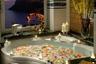 Вам, романтики. Из ванной отеля Caesar Augustus, расположенного на острове Капри, открывается вид на побережье Амальфи и  Неаполитанский залив. Ванна с видом на рассвет или закат над морем — что может быть лучше?