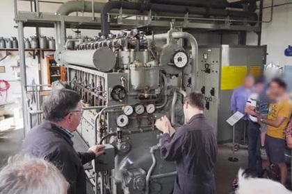 Возвращенный к жизни двигатель от гитлеровской подлодки показали на видео
