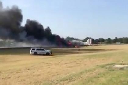 крушение американского военного самолета попало видео