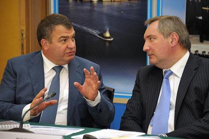 Сердюков и Рогозин не поделили ракетные двигатели