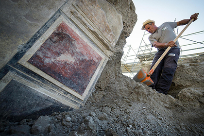 Найдены пережившие извержение Везувия древнейшие артефакты