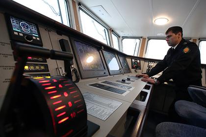 Корабль ФСБ стал жертвой сломавшегося китайского двигателя