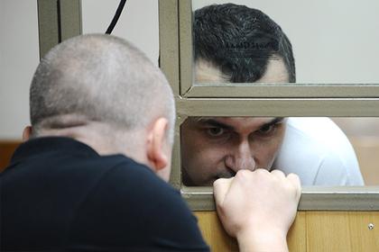 Олег Сенцов прекратит голодовку из-за принудительного кормления