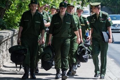 Россияне захотели служить