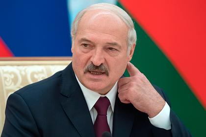Лукашенко отказался лезть в украинские дела