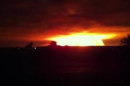 Взорвавшиеся склады боеприпасов украинской армии сняли на видео