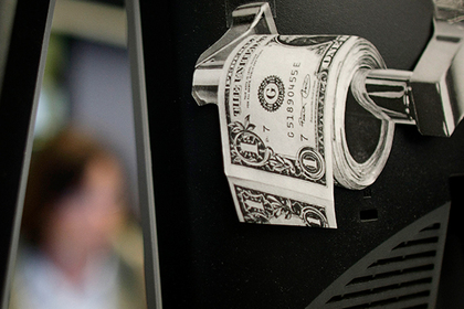 Миру предсказали дефицит долларов