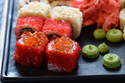 Рестораны популярной суши-сети закрыли после санитарных проверок