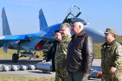 Порошенко обвинил Россию в авиаударах по Украине
