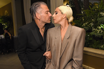 Леди Гага выйдет замуж за менеджера