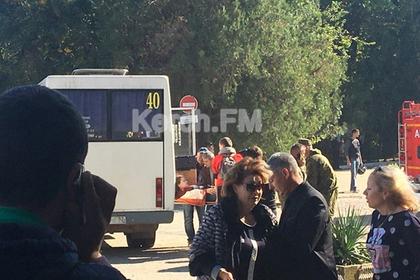 Раненых при взрыве в Керчи начали вывозить на автобусах