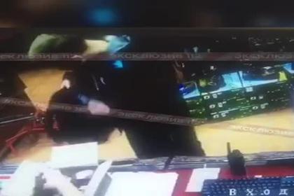 Опубликовано видео подготовки студента к убийствам в колледже в Керчи