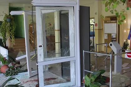 Появились первые снимки из колледжа после нападения керченского стрелка