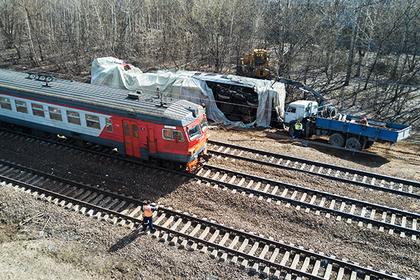 В столкновении поезда и электрички в Москве обвинили машиниста