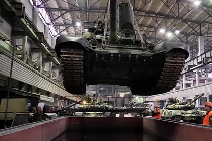 Затопление Т-90 попало на видео