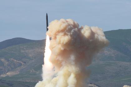 США возобновили ядерную гонку вооружений