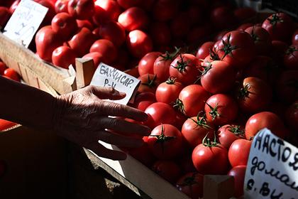 В Москве нелегальный торговец овощами облил кипятком полицейского
