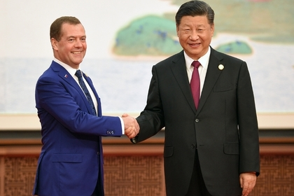 Медведев пожаловался на принципы современной экономики
