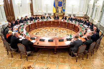 Украина анонсировала новые антиукраинские санкции