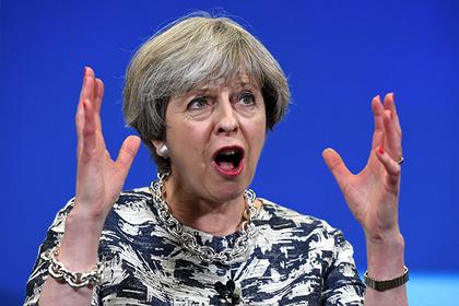 Британия приготовилась высказать недоверие Мэй