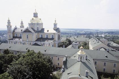 На Украине решили оспорить передачу лавры канонической церкви