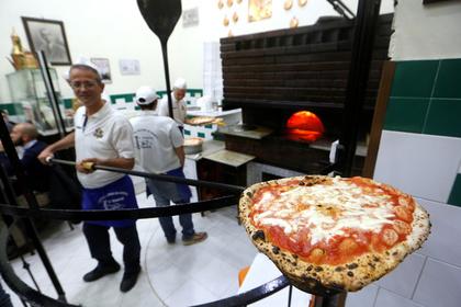 Президент Исландии признал бессилие в борьбе с гавайской пиццей