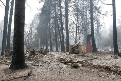 В калифорнийском пожаре пропали более тысячи человек