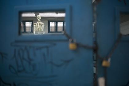 Заключенные устроили бунт в тюрьме из-за голода