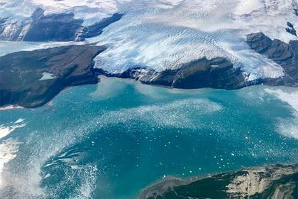 Под тающей Антарктидой нашли загадочную зону