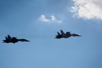 Российские Су-27 перехватили над Балтикой